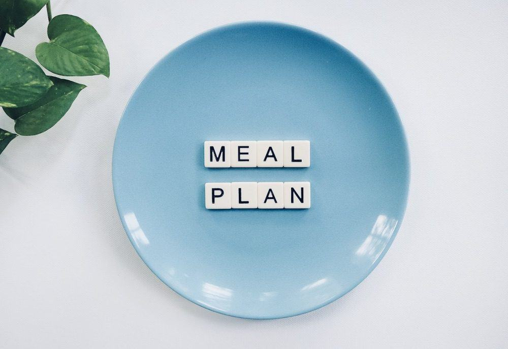 Vegan Meal Planner: Quick and Balanced Meals for the Whole Family